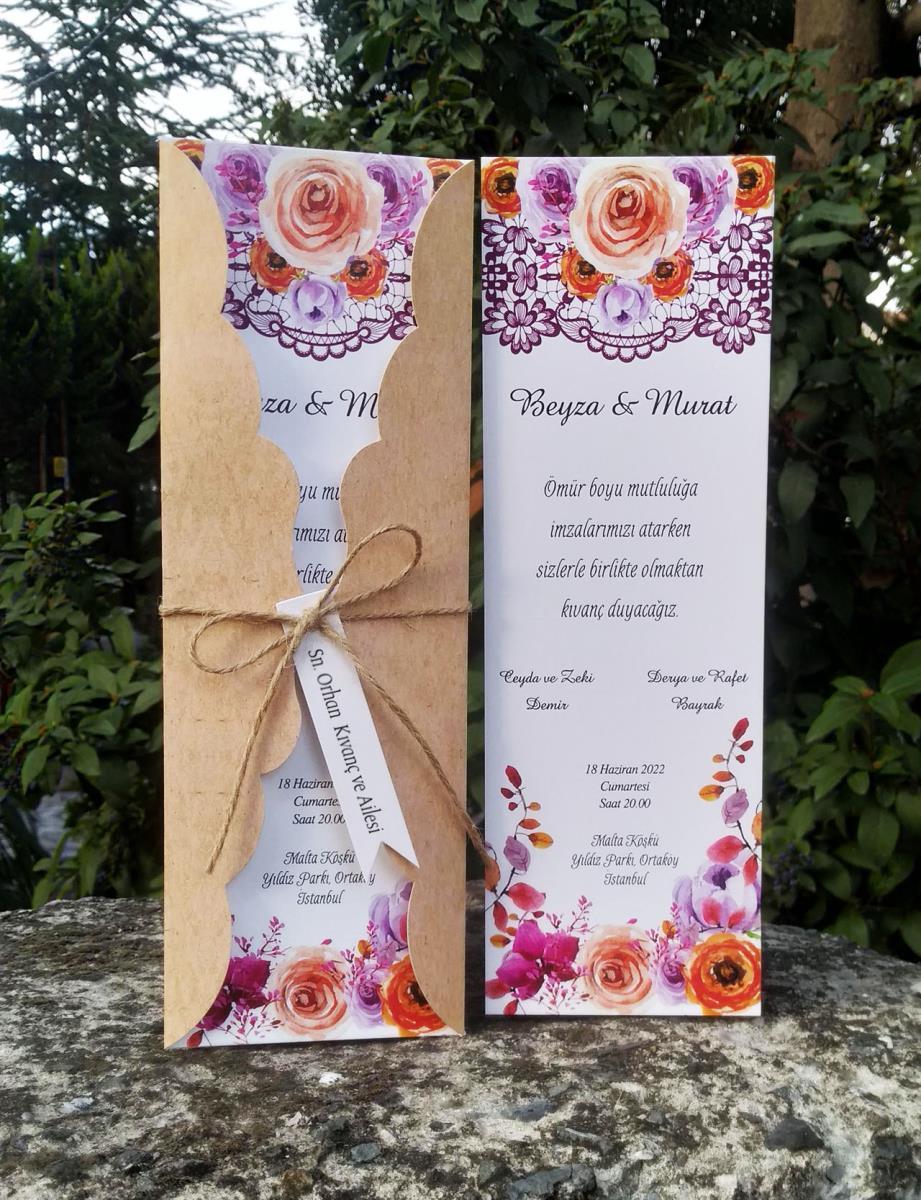 Çiçek ve dantel motiflerinin birlikte kullanıldığı davetiyede, özel kesimli kraft kapak ham ip kullanılarak tasarlandı